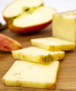 apple cinnamon cheddar